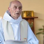 """Murdered #SaintEtienneduRouvray priest Father Jacques Hamel """"treasured"""" by community https://t.co/3BoxcS7t9W https://t.co/CN7DbRt6NX"""