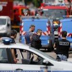 Prise dotage en France dans une église, une prêtre tué https://t.co/Ujynj7To4w https://t.co/Gzsbkqtd7I