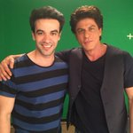 .@iamsrk shoots for an ad with director @punitdmalhotra . RT if you like it ;) https://t.co/MVrMit35f5