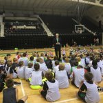 New @myUND President and former little league hoops coach Mark Kennedy talks to UND Little Hoopers campers Tuesday https://t.co/1Fe6y1ugkQ