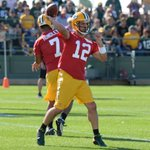 Rodgers hits the 🎯 #PackersCamp https://t.co/BTUEwsn7xa