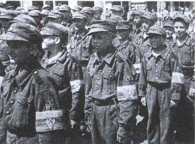 Русские «воспитанники СС» принимают присягу в Торгау (Германия). Фотография из берлинской газеты «Новое слово». https://t.co/gENvqGMpET