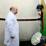 "BJP President Shri @AmitShah paid floral tribute to our brave soldiers on ""Kargil Vijay Diwas"" at BJP HQ. https://t.co/4VbnzHVMEn"