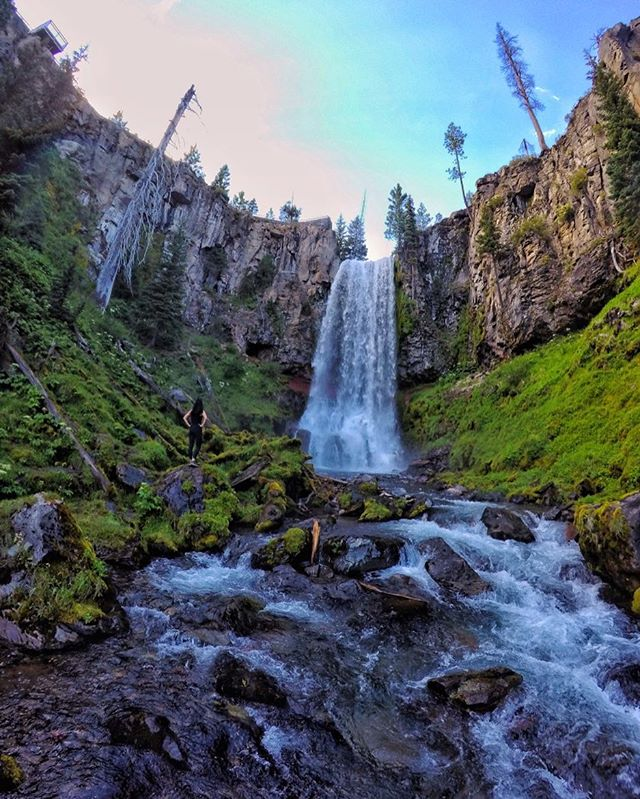 Take the scenic route. See where WeekendWanderer @geoffgulevich set his sights in Bend »