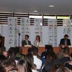 Nos comprometimos con el #SENA a formar 100 mil colombianos en el sector textil y estamos cumpliendo. @JuanManSantos https://t.co/S8curFUTME