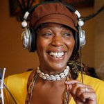 JUST IN: TV psychic and longtime PBC resident Miss Cleo dies at 53, acording to report https://t.co/KeQ54q4yzS https://t.co/7L8O3rIK3j