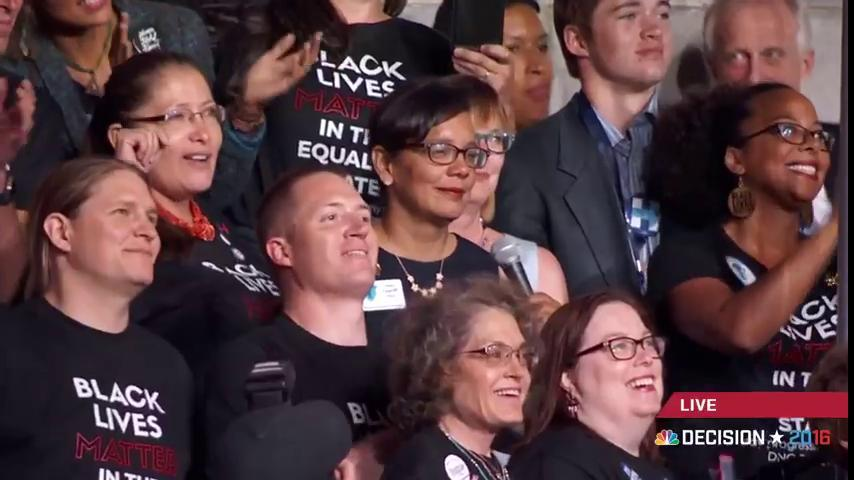 Wyoming delegation wearing #BlackLivesMatter shirts #Demsinphilly https://t.co/PHlNBPBh8F