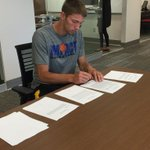 Congrats @Mr_Uthoff -- officially signs with the Toronto Raptors. https://t.co/OZmPKcYFK1