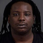 #Chs PD searching for two accused of distributing cocaine https://t.co/B5d9EaRLq7 #chsnews https://t.co/LEixWBPZ0e