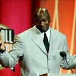 Michael Jordan rehúsa a quedarse callado frente a la violencia y el racismo en su país https://t.co/A1xCAZMNAb https://t.co/Qicn1b4uUg