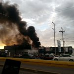 Ofimarket en llamas. Urgente! Se necesita bomberos @trafficPUERTO https://t.co/V97ChTZGzK