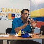 """""""Mañana es un día para defender la Constitución y nuestro derecho al revocatorio"""", @hcapriles #PreguntaCapriles https://t.co/EvNwgRrQ8c"""