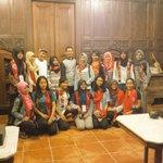 @banyuwangi_kab @a_azwarnas @ook_surya @Kemdikbud_RI 15 pelajar se-Indonesia belajar brsma maestro Gandrung B.wangi https://t.co/7PKCxUxfPG