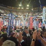 A sea of America signs greet @billclinton at #DemsInPhilly https://t.co/UNiDGKouia