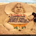 Sand artist @sudarsansand pays tribute to fmr Prez Dr #APJAbdulKalam with a sand sculpture on his death anniversary https://t.co/Bwpq9h8msV