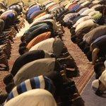 📸 فجر الفدائيين أمام منزل #آية_الله_قاسم يبدأ بتظاهرة غاضبة تنديداً بمحاكمة المذهب الشيعي - الدراز 27 يوليو 2016 https://t.co/NgxjAw37R3