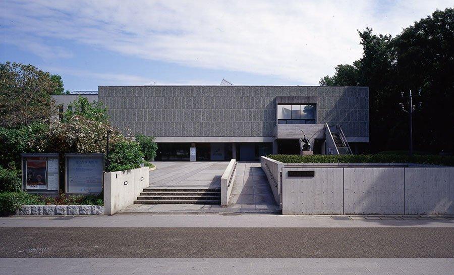 国立西洋美術館をはじめとする17作品が世界文化遺産に登録された、近代建築の巨匠ル・コルビュジエ。CassinaのLCコレクションは、時を経てもなお変わらぬ魅力を放ち、愛され続けています https://t.co/GtenC7hTym https://t.co/uHHxSddz9l