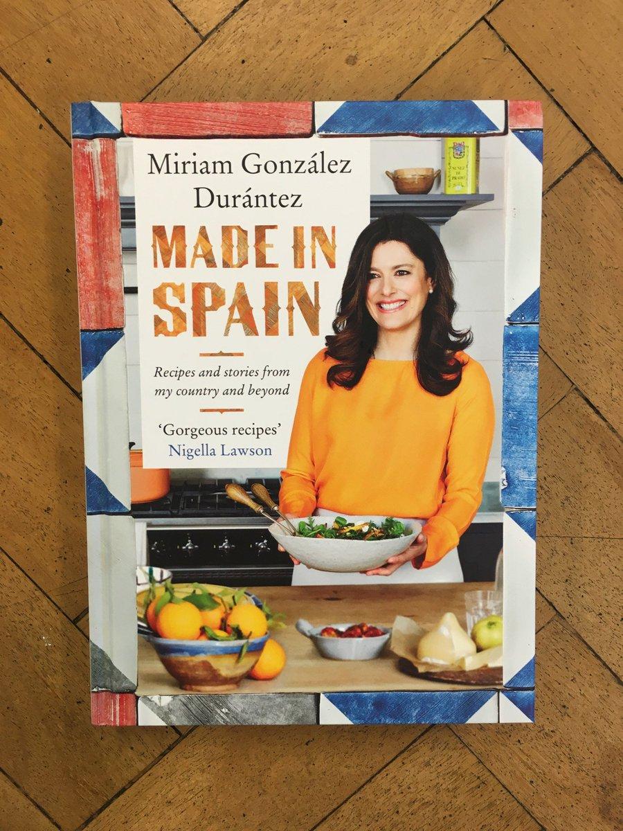 check out Miriam Gonzalez Durantez gorgeous book a lovely collection of family recipes! #MadeInSpain https://t.co/fJ0P6DYGMC