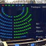 Pas ferm cap a la #RepúblicaCatalana! El #Parlament ratifica les conclusions de la comissió del Procés Constituent! https://t.co/oYDH5DD3dm