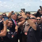 Our next President & Vice President receive a YUGE ovation by our amazing law enforcement officers! #LESM #MAGA https://t.co/AXo4BfWARe