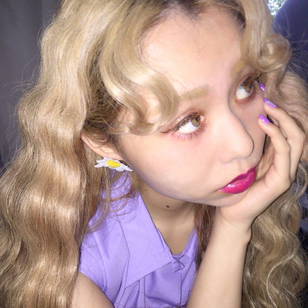 #PECOCLUB のお花のピアス🌼かわいい〜お気に入り…💜