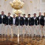 Боже, а кто делал олимпийскую форму для сборной РФ? Это кто? Официанты? Швейцары в отеле? https://t.co/J0QUrbsFw1