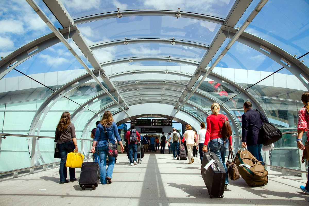 Over 388,100 expected to travel through @DublinAirport this August Bank Holiday Weekend: