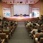 """[Ahora] En Bogotá para el acto de premiación """"Reparando desde el territorio"""", Cartagena es finalistas. #Cartagena https://t.co/AxZaa0rKvn"""