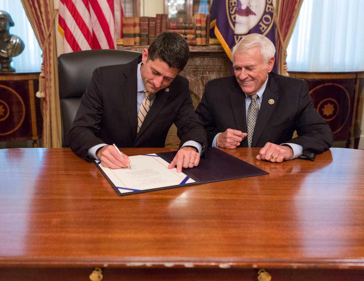 #TBT to Speaker Ryan signing my POLICE Act before it went to the president to become a law. https://t.co/vQ0lD4FdGX