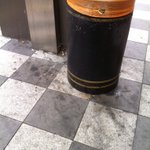 Its a shame to see the filthy state of W Croydons almost-new pavements.  I have requested cleaning https://t.co/IkVjOaqzcm