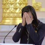 Будущий министр спорта РФ. Исинбаева расплакалась на встрече с Владимиром Путиным в Кремле https://t.co/yVkoaqsEGb https://t.co/oQVSx7Kha5