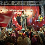 On binlerce Konyalı ile 13. günde de demokrasi nöbetindeyiz. #MevlanaMeydanıNöbette https://t.co/TstmVZM80Z