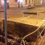 Dārgā @RigasDome, lūdzu padariet ielu remontus drošākus! Šovakar uz Skolas/Lāčplēša stūra riteņbraucējs iekrita šeit https://t.co/iZNhIR6Fdk