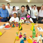 Hemos visitado el Centro Artesanal Manos Creativas de Maíz en Jocotepec. #BienestarSocial https://t.co/LqFnTSWmpT