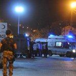Polis noktasına bombalı araçla saldırı: 2 şehit, 11 yaralı https://t.co/8m6y0lsqp1 https://t.co/0pVBDaFCS2