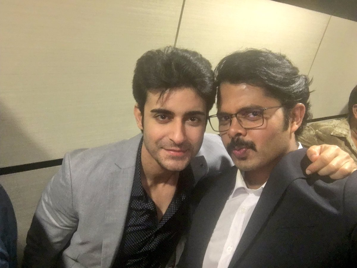 That's my aksar2 look with the hero @gautam_rode ..great actor Nd amazing human.great working with you brother https://t.co/PFQfXu9Xnb
