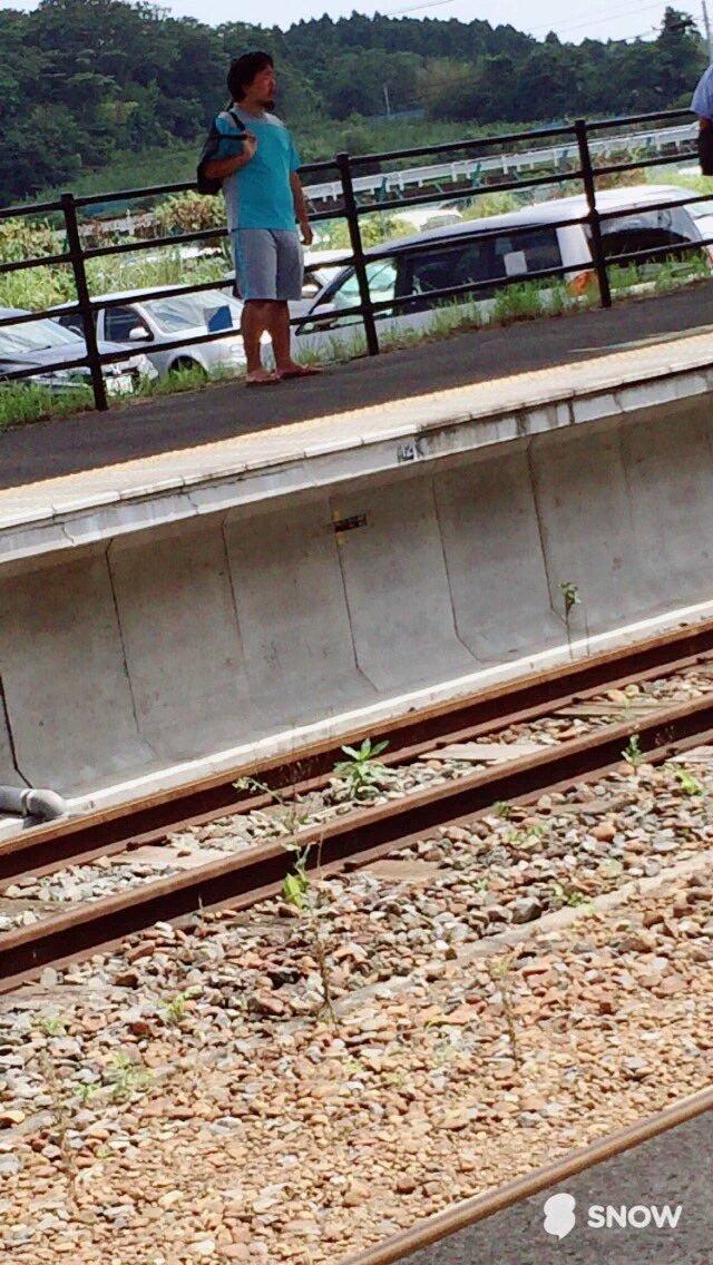 仙台駅で女子高生を刺した犯人と思われる人物。