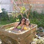 #NoisÉPobreMas Tem piscina em casa pra se refrescar no calor. https://t.co/qUsWY0FhtI