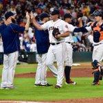 #HandshakesAndHighFives after a 4-1 #Astros win! https://t.co/VC3Otq6i40
