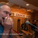 Meet Tim Kaine: vice-presidential candidate, senator, former governor, harmonica player https://t.co/shDiH3Llmf https://t.co/VCl9PIfxRa