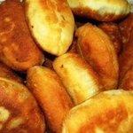 Πιροσκι/Bişi/Мекици/Petlla/Uštipcis a greek/turkish/bulgarian/albanian/yugoslavian food. Theres no better breakfast https://t.co/sdwi15SXe1