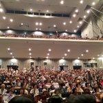 ルネこだいらの個人演説会、300名ほどの方が入れず、関係者席をすべて解放しましたが、それでも入り切れそうにありません…! 入場できなかった皆様、大変申しわけありません!(スタッフ) #都知事選 は #鳥越俊太郎 https://t.co/yKKylu4Klz
