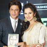 Shah Rukh Khan Launches Sania Mirza'sAutobiography https://t.co/q4Hb5KOriF https://t.co/SFTyzPwTnA