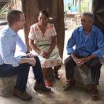 En #Chiapas visité a Don Carlos y Doña Maribel, es inaceptable que 55 millones de mexicanos vivan en pobreza. https://t.co/34vXly1zxZ