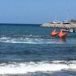 Ahora las candidatas a Capitana Nacional del Mar cumplen con la prueba de natación. @elheraldoco #FiestaDelMar2016 https://t.co/K4fWALvedK