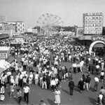 Throwback Thursday | Throwback to old fashioned fun at the CNE in 1965! #tbt #retro #Toronto https://t.co/zav6rrk52j