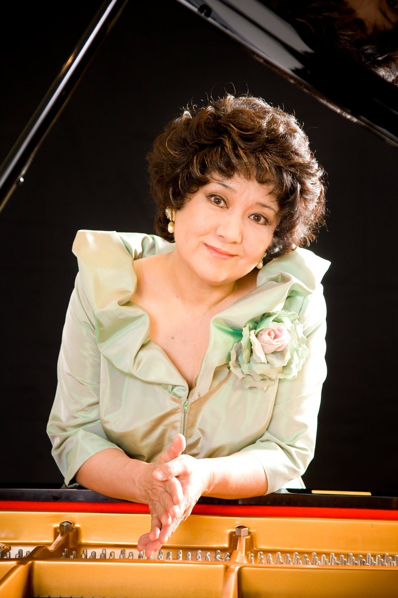 中村紘子はデビュー以来、日本のピアニストの代名詞となり、3800回を超える演奏会を通じて聴衆を魅了し…