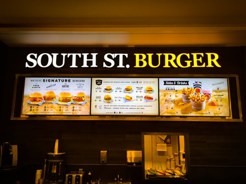 You asked for it, so here it is. Our #SouthStBurger @bayshoreottawa is now open in the food court. Come by and visit https://t.co/HoKJoVXcOa