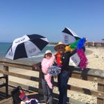 Free fair tickets giveaway RIGHT NOW at Ventura Pier! Look for the umbrellas. Quantities are limited! #vcfairdrop https://t.co/IkXUrYACiI
