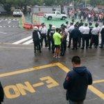 #140De @ServandoSE Usuarios y personal de SEMOV atienden recomendaciones para evacuar instalaciones. #SISMO https://t.co/SxKpR9ahL8